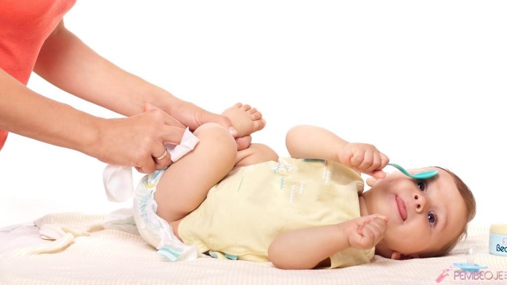 Bebek altı değiştirme, bebek altı, bebek bakımı