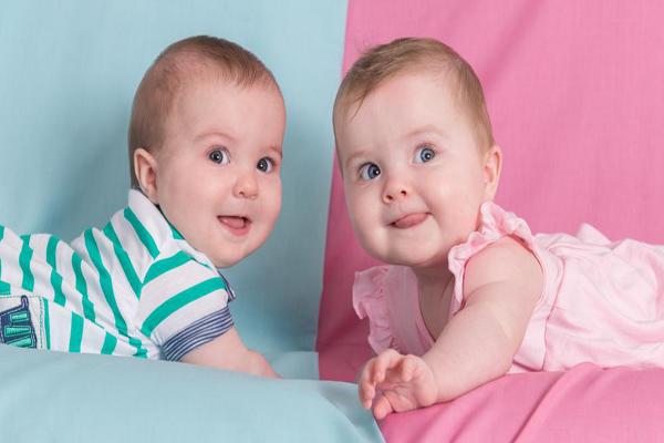 İkiz Bebek Bakımı Nasıldır?