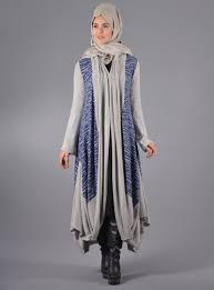 tesettür kıyafetleri, tesettür giyim modası, tesettür modasında kıyafetlerin özellikleri