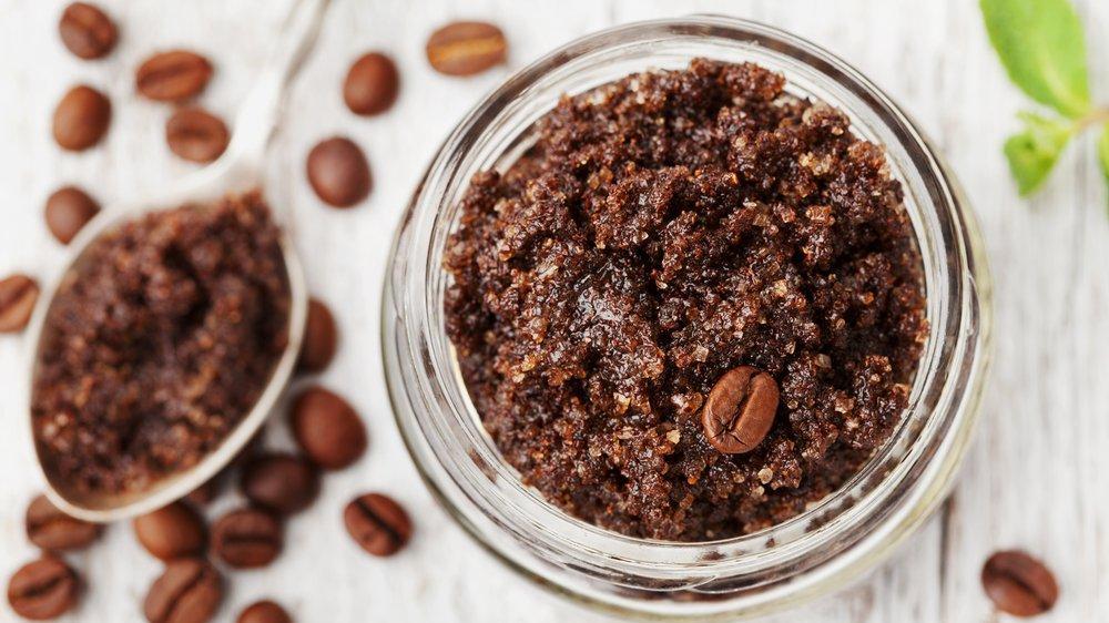 yağlı cilt için peeling, peeling yapımı, kahve peelingi yapımı